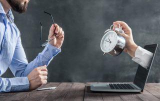 Arbeitszeitbetrug Uhr